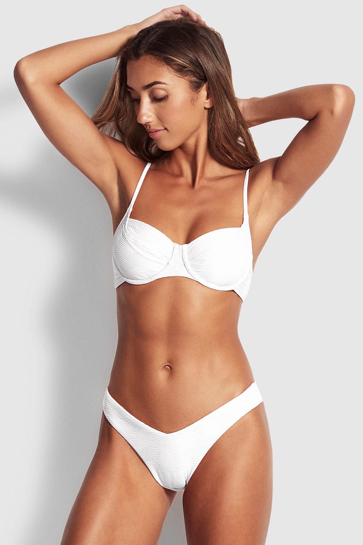 "Bikini alsó Seafolly Capri Sea ""V"" High Cut Rio White"