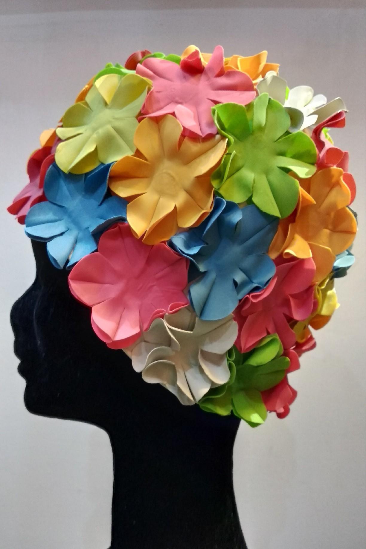 Úszósapka Flower - Színes