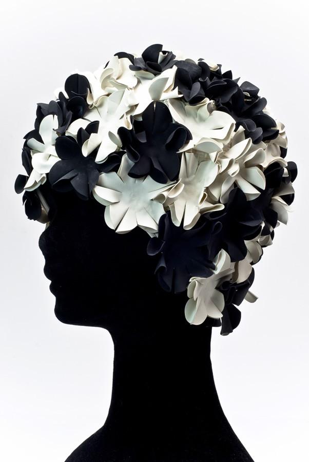 Úszósapka Flower - fekete-fehér
